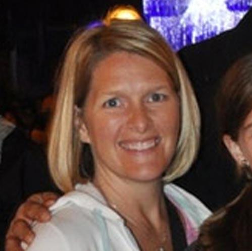 Stephanie Thorpe headshot